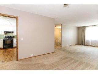 Photo 9: 12036 CANAVERAL Road SW in Calgary: Canyon Meadows House for sale : MLS®# C4069001