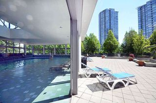 """Photo 10: 2903 1008 CAMBIE Street in Vancouver: Yaletown Condo for sale in """"Waterworks"""" (Vancouver West)  : MLS®# R2083276"""