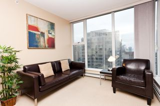 """Photo 2: 2903 1008 CAMBIE Street in Vancouver: Yaletown Condo for sale in """"Waterworks"""" (Vancouver West)  : MLS®# R2083276"""
