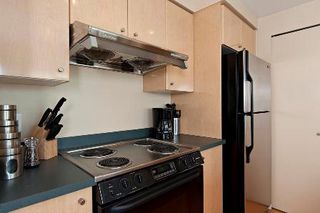 """Photo 5: 2903 1008 CAMBIE Street in Vancouver: Yaletown Condo for sale in """"Waterworks"""" (Vancouver West)  : MLS®# R2083276"""