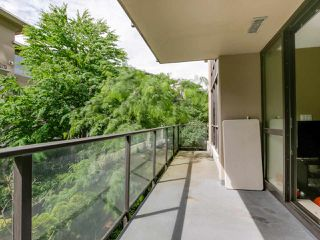 "Photo 9: 206 2959 GLEN Drive in Coquitlam: North Coquitlam Condo for sale in ""THE PARC"" : MLS®# R2084146"