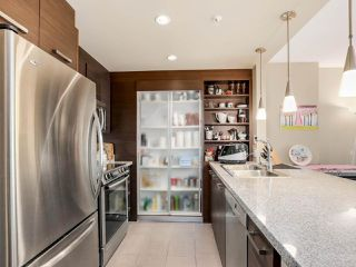 "Photo 4: 206 2959 GLEN Drive in Coquitlam: North Coquitlam Condo for sale in ""THE PARC"" : MLS®# R2084146"