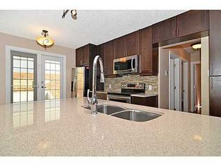 Photo 5: 70 CAMBRIAN Drive NW in Calgary: Bungalow for sale : MLS®# C3552954