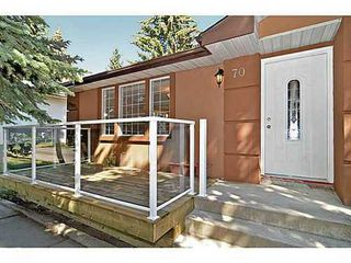 Photo 2: 70 CAMBRIAN Drive NW in Calgary: Bungalow for sale : MLS®# C3552954