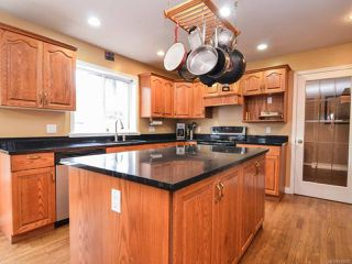 Photo 4: 698 WINDSOR PLACE in CAMPBELL RIVER: CR Willow Point House for sale (Campbell River)  : MLS®# 745885
