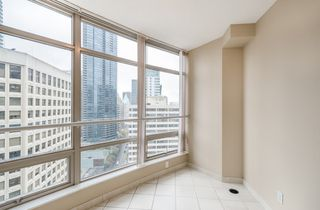 Photo 11: 2106 1200 ALBERNI Street in Vancouver: West End VW Condo for sale (Vancouver West)  : MLS®# R2126297