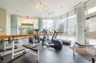 Photo 18: 2106 1200 ALBERNI Street in Vancouver: West End VW Condo for sale (Vancouver West)  : MLS®# R2126297