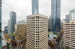 Photo 10: 2106 1200 ALBERNI Street in Vancouver: West End VW Condo for sale (Vancouver West)  : MLS®# R2126297
