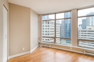Photo 5: 2106 1200 ALBERNI Street in Vancouver: West End VW Condo for sale (Vancouver West)  : MLS®# R2126297