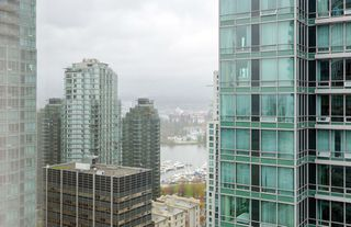 Photo 15: 2106 1200 ALBERNI Street in Vancouver: West End VW Condo for sale (Vancouver West)  : MLS®# R2126297