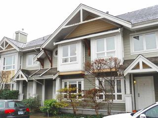 "Photo 1: 4 915 TOBRUCK Avenue in North Vancouver: Hamilton Townhouse for sale in ""CLEARWATER"" : MLS®# R2131517"