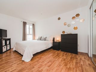 """Photo 9: 417 4989 DUCHESS Street in Vancouver: Collingwood VE Condo for sale in """"The Royal Terrace"""" (Vancouver East)  : MLS®# R2149960"""