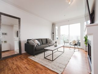 """Photo 5: 417 4989 DUCHESS Street in Vancouver: Collingwood VE Condo for sale in """"The Royal Terrace"""" (Vancouver East)  : MLS®# R2149960"""