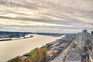 "Photo 4: 1706 125 COLUMBIA Street in New Westminster: Downtown NW Condo for sale in ""NORTHBANK"" : MLS®# R2167534"