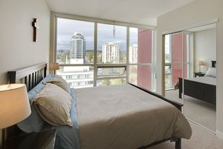 "Photo 17: 1706 125 COLUMBIA Street in New Westminster: Downtown NW Condo for sale in ""NORTHBANK"" : MLS®# R2167534"