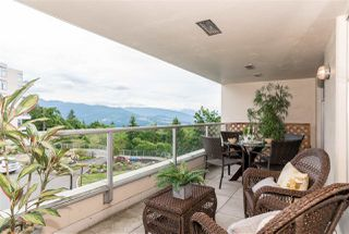 "Photo 3: 203 9298 UNIVERSITY Crescent in Burnaby: Simon Fraser Univer. Condo for sale in ""NOVO 1"" (Burnaby North)  : MLS®# R2186532"
