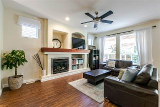 Photo 3: 8211 212 Street in Langley: Willoughby Heights House for sale : MLS®# R2188016