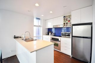 Photo 2: 3606 602 CITADEL PARADE in Vancouver: Downtown VW Condo for sale (Vancouver West)  : MLS®# R2036529