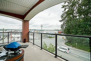 Photo 17: 314 19774 56 AVENUE in Langley: Langley City Condo for sale : MLS®# R2186722