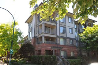 """Photo 10: 315 2468 ATKINS Avenue in Port Coquitlam: Central Pt Coquitlam Condo for sale in """"THE BORDEAUX"""" : MLS®# R2195449"""