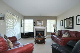 """Photo 2: 315 2468 ATKINS Avenue in Port Coquitlam: Central Pt Coquitlam Condo for sale in """"THE BORDEAUX"""" : MLS®# R2195449"""
