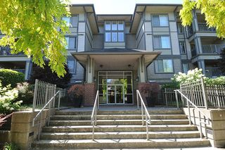 """Photo 1: 315 2468 ATKINS Avenue in Port Coquitlam: Central Pt Coquitlam Condo for sale in """"THE BORDEAUX"""" : MLS®# R2195449"""