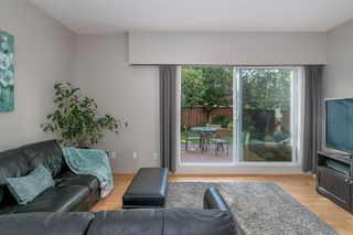 """Photo 5: 3348 FINDLAY Street in Vancouver: Victoria VE Townhouse for sale in """"FINDLAY BY TROUT LAKE"""" (Vancouver East)  : MLS®# R2201672"""