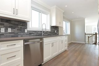 Photo 6: 264 E 9TH Street in North Vancouver: Central Lonsdale House 1/2 Duplex for sale : MLS®# R2206867