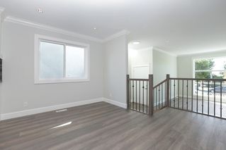 Photo 5: 264 E 9TH Street in North Vancouver: Central Lonsdale House 1/2 Duplex for sale : MLS®# R2206867