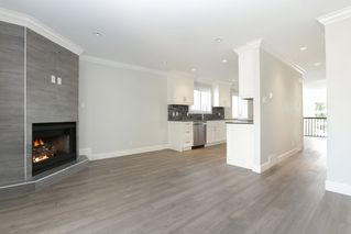 Photo 9: 264 E 9TH Street in North Vancouver: Central Lonsdale House 1/2 Duplex for sale : MLS®# R2206867