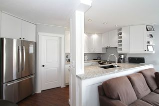 "Photo 4: # 213 2010 W 8TH AV in Vancouver: Kitsilano Condo for sale in ""AUGUSTINE GARDENS"" (Vancouver West)  : MLS®# V880530"
