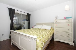 "Photo 27: # 213 2010 W 8TH AV in Vancouver: Kitsilano Condo for sale in ""AUGUSTINE GARDENS"" (Vancouver West)  : MLS®# V880530"