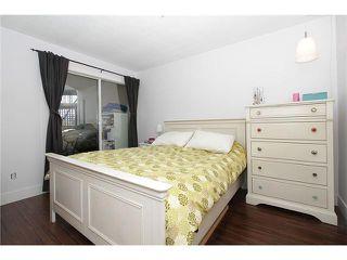 """Photo 11: # 213 2010 W 8TH AV in Vancouver: Kitsilano Condo for sale in """"AUGUSTINE GARDENS"""" (Vancouver West)  : MLS®# V880530"""