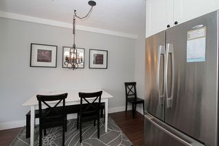 "Photo 3: # 213 2010 W 8TH AV in Vancouver: Kitsilano Condo for sale in ""AUGUSTINE GARDENS"" (Vancouver West)  : MLS®# V880530"