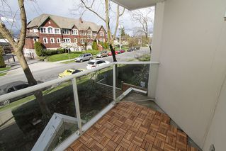 "Photo 18: # 213 2010 W 8TH AV in Vancouver: Kitsilano Condo for sale in ""AUGUSTINE GARDENS"" (Vancouver West)  : MLS®# V880530"