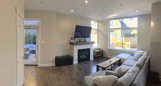 "Photo 5: 38351 SUMMIT'S VIEW Drive in Squamish: Downtown SQ Townhouse for sale in ""NATURE'S GATE"" : MLS®# R2219741"