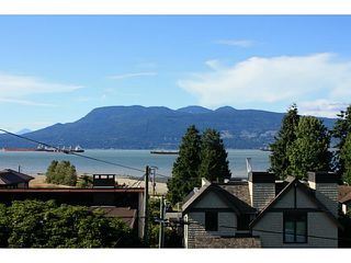 Photo 1: 4560 BELMONT Ave in Vancouver West: Home for sale : MLS®# V1127248