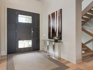 Photo 2: 4248 BRITANNIA DR SW in Calgary: Britannia House for sale : MLS®# C4145188