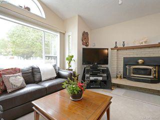 Photo 3: 6839 Talc Pl in SOOKE: Sk Broomhill House for sale (Sooke)  : MLS®# 779350