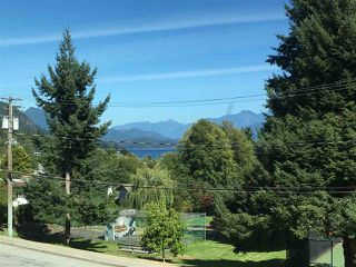 Photo 20: 379 S FLETCHER Road in Gibsons: Gibsons & Area House for sale (Sunshine Coast)  : MLS®# R2247800