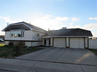 Main Photo: 11704 164 Avenue in Edmonton: Zone 27 House for sale : MLS®# E4101136