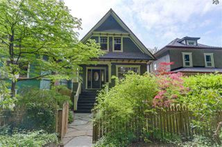 Photo 1: 1416 - 1418 E 10TH Avenue in Vancouver: Grandview VE House for sale (Vancouver East)  : MLS®# R2271062