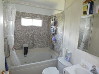 Photo 9: 14 62780 FLOOD HOPE Road in Hope: Hope Center Manufactured Home for sale : MLS®# R2274257