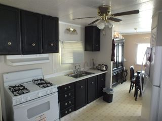 Photo 5: 14 62780 FLOOD HOPE Road in Hope: Hope Center Manufactured Home for sale : MLS®# R2274257