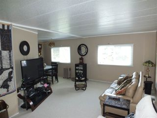 Photo 4: 14 62780 FLOOD HOPE Road in Hope: Hope Center Manufactured Home for sale : MLS®# R2274257