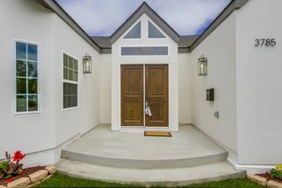 Photo 2: MISSION HILLS House for sale : 4 bedrooms : 3785 IBIS ST in San Diego