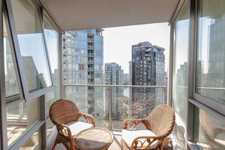 "Photo 11: 2803 1495 RICHARDS Street in Vancouver: Yaletown Condo for sale in ""AZURA II"" (Vancouver West)  : MLS®# R2292970"