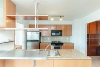 "Photo 5: 2803 1495 RICHARDS Street in Vancouver: Yaletown Condo for sale in ""AZURA II"" (Vancouver West)  : MLS®# R2292970"