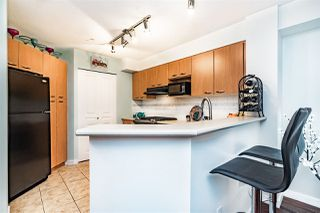 """Photo 8: 307 2958 SILVER SPRINGS Boulevard in Coquitlam: Westwood Plateau Condo for sale in """"TAMARISK"""" : MLS®# R2316224"""
