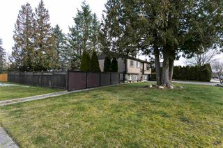 Photo 3: 26649 32A Avenue in Langley: Aldergrove Langley House for sale : MLS®# R2339369